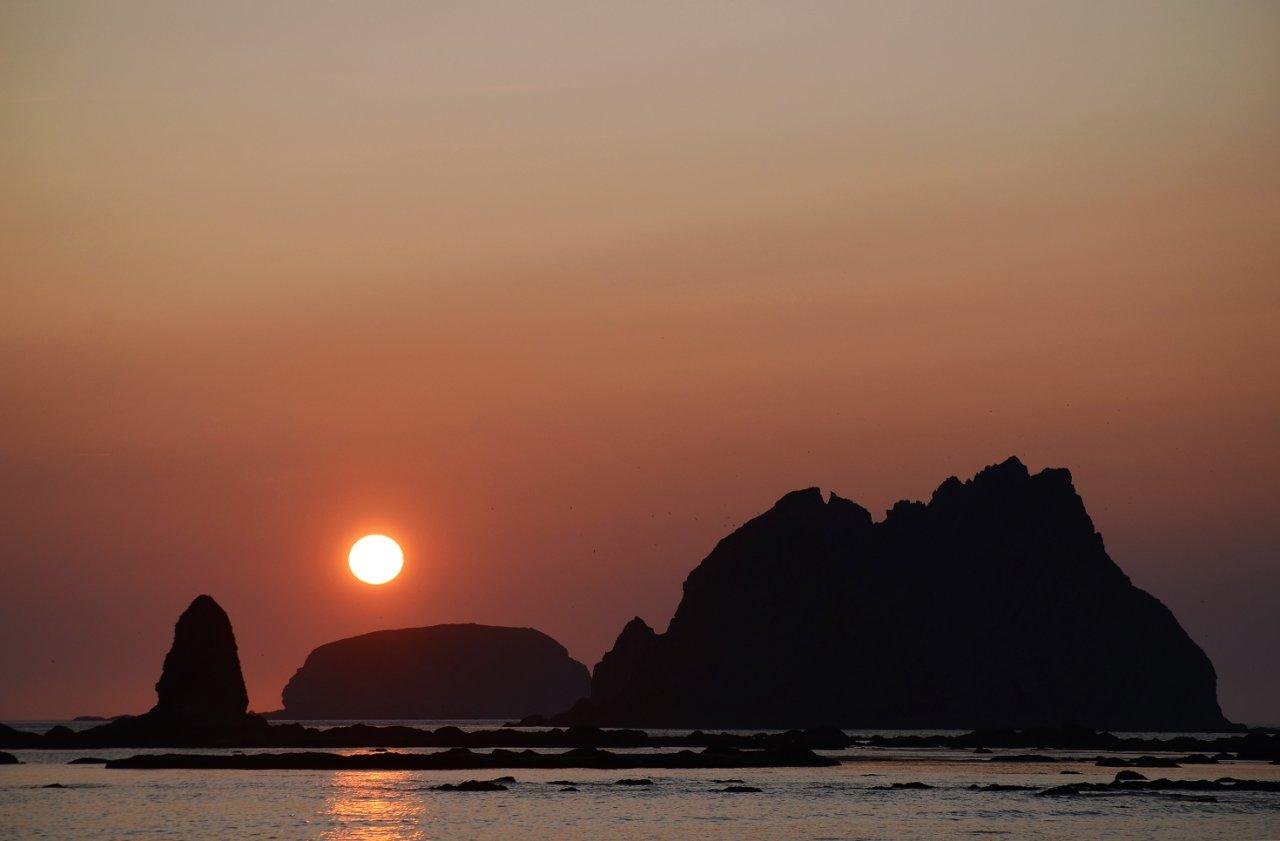 16 Sunset behind Carol Island.JPG