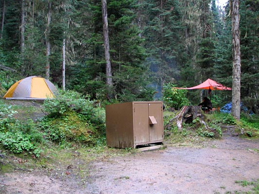 & West Coast Paddler Photo Gallery - Bowron Lakes/Bear-proof Caches
