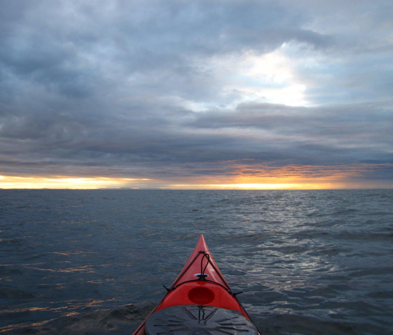 01 Kayaking at dawn Strait of Juan de Fuca.JPG