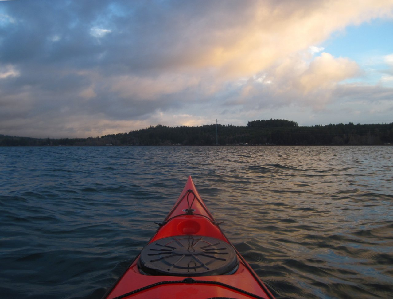 02 Kayaking across Case Inlet.JPG